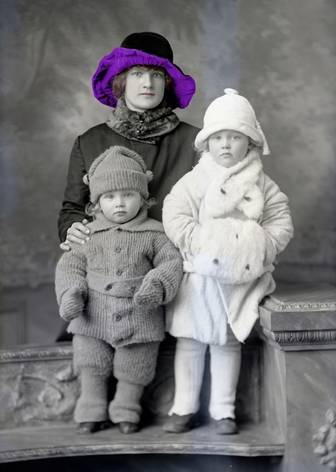 oskar_johnson_family_color